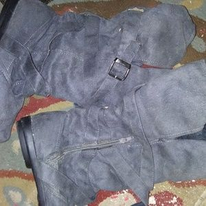 Ladies Grey Casual Winter Boots Sz 9